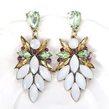 Fashionable White Gemstone Stud Earring