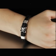Genuine Leather Hand Bracelet with Magnetic Clip